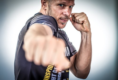Sporty walki – Kambodżański Pradal Serey Freestyle Kickboxing